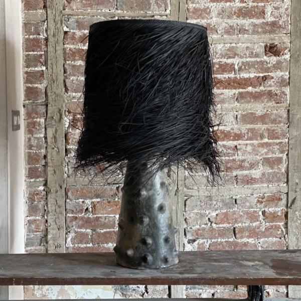 PALM  Black Clay Table Lamp